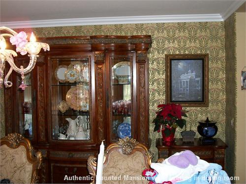 Holly madison licensed contractor for commercial and for Haunted dining room ideas